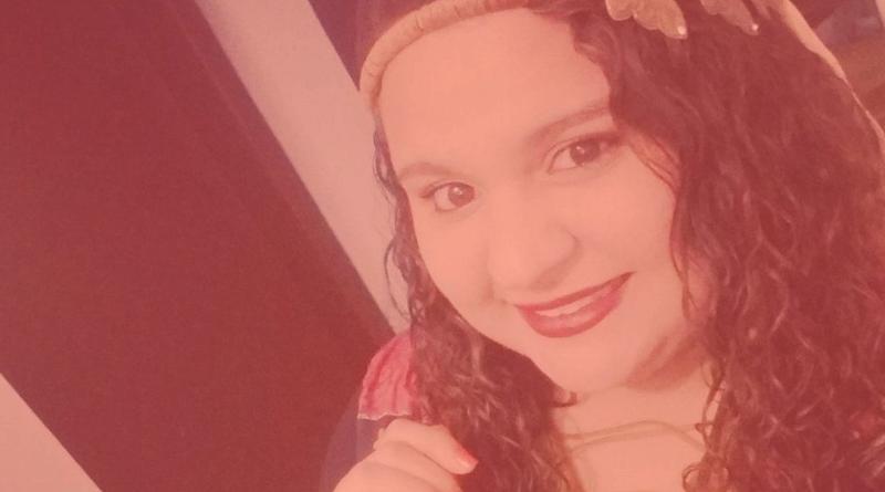 Débora - fundadora do @maselenuncamebateu