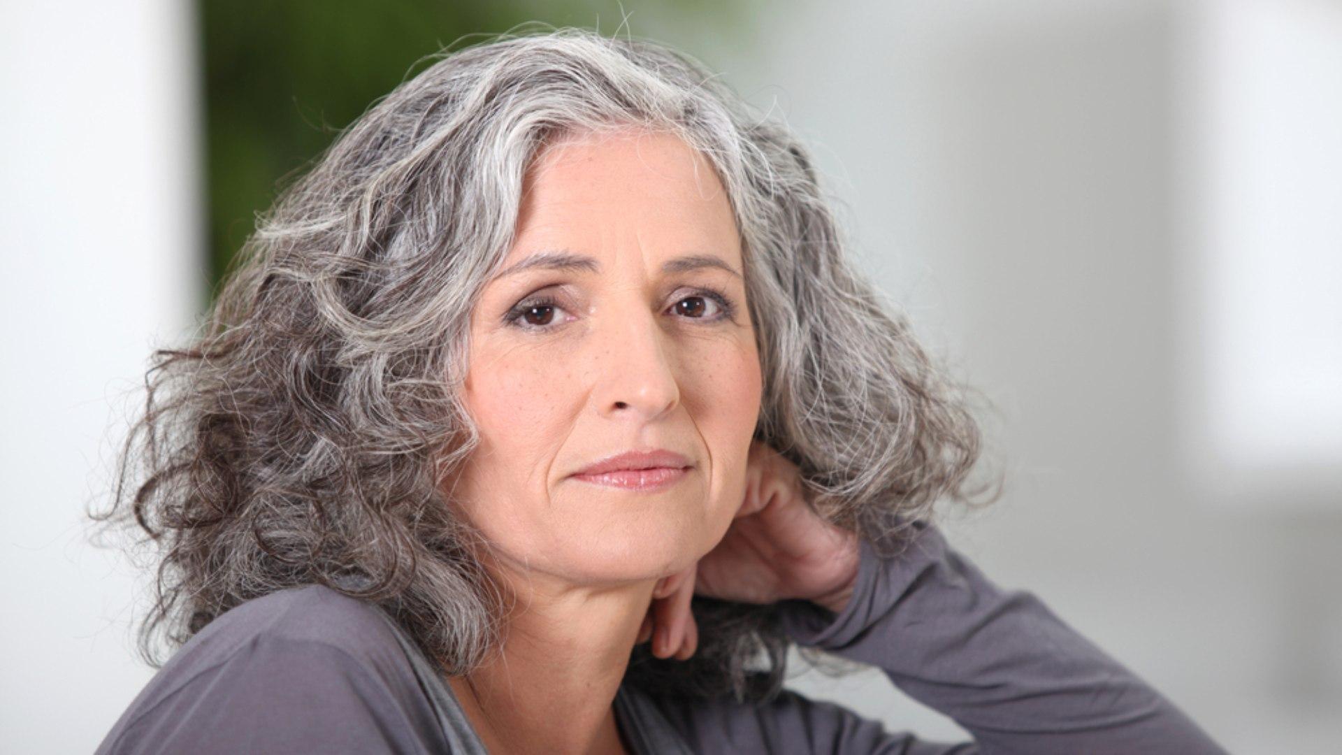 ECONOMIA PRATEADA |Pandemia coloca holofote nos 60+: temas como longevidade e finitude passam a ser debatidos Por Layla Vallias
